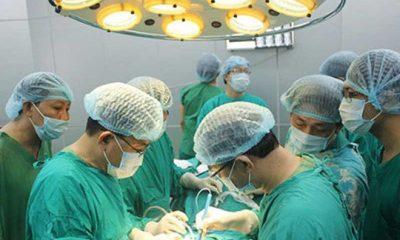 Một ca điều trị ung thư vú ở nam tại BV K. Ảnh: TL