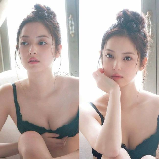 Xuất hiện trên Fanpage chuyên chia sẻ ảnh gái xinh châu Á, cái tên Nozomi Sasaki (mỹ nữ nổi tiếng làng giải trí Nhật Bản) đến gần hơn với giới trẻ Việt.