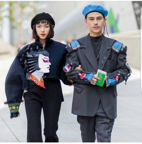 Châu Bùi cùng Decao phong cách với mũ beret tại Seoul Fashion Week 2016. (credit: unknown)