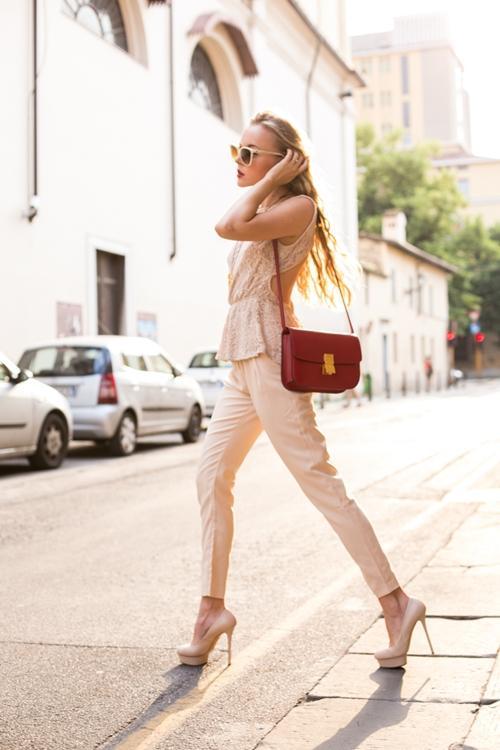 Quần skinny + giày cao gót cơ bản