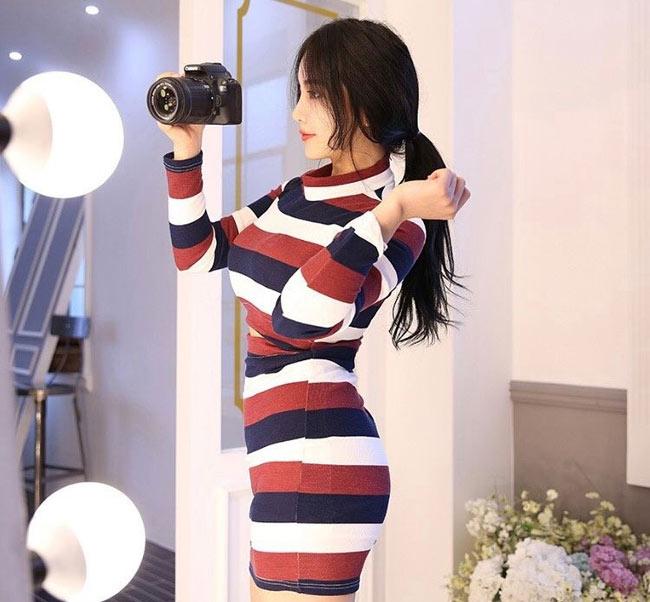 Cô gái sinh năm 1995 vốn là một người mẫu online ít tiếng tăm, hiện sống và làm việc tại Seoul, Hàn Quốc.