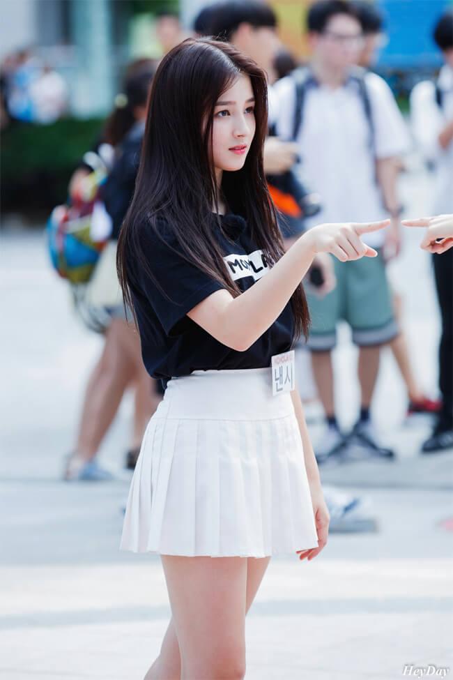 Sau những hình ảnh của cô trên phố đi bộ, Nancy đã có được một lượng lớn fan Việt yêu mến
