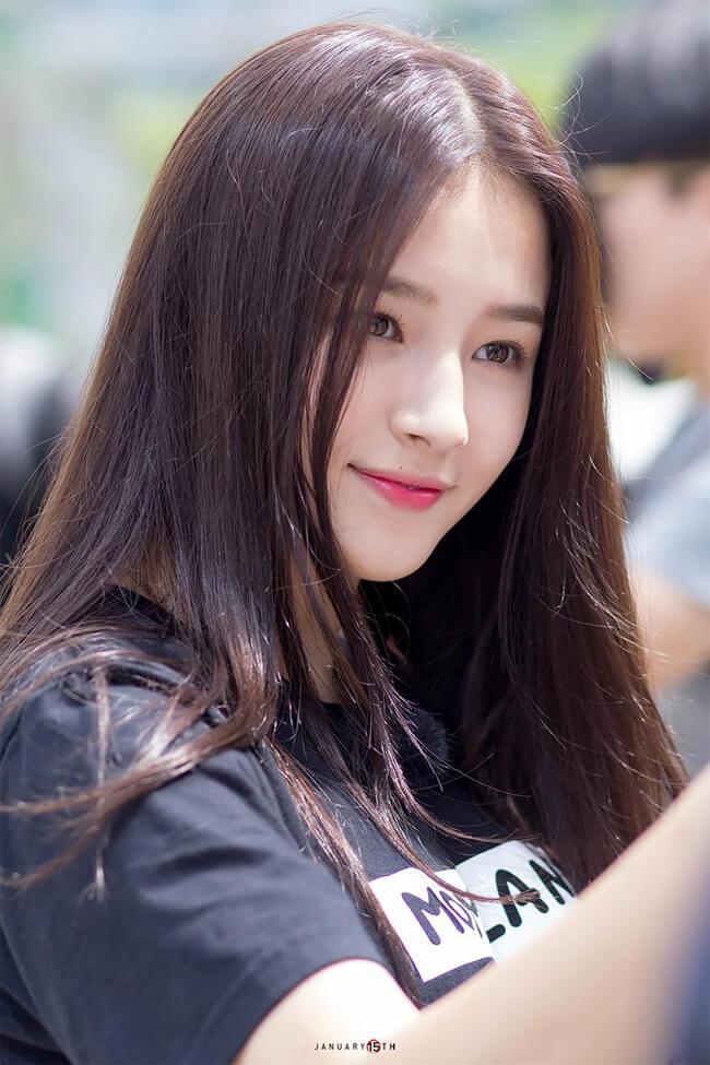 Với nụ cười tỏa nắng và gương mặt đẹp như thiên thần, Nancy luôn hút sự chú ý của mọi người ở bất cứ nơi đâu