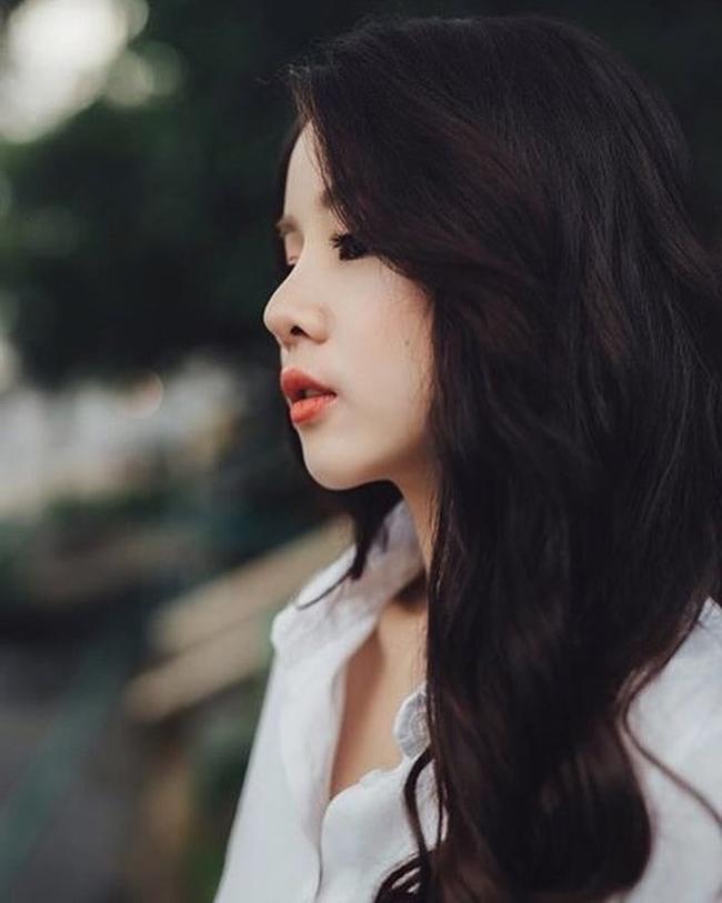 Thoạt nhìn, nhiều người cho rằng Mie mới chỉ là học sinh cấp 3 vì gương mặt quá baby, non nớt.