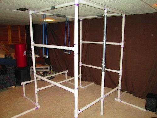 Phòng tập gym làm từ các ống PVC