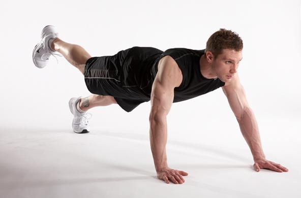 Ngoài việc hỗ trợ phát triển cơ bụng, động tác còn tăng khả năng giữ thăng bằng của người tập. Cơ bắp phát triển đồng đều, tránh hiện tượng lệch cơ.