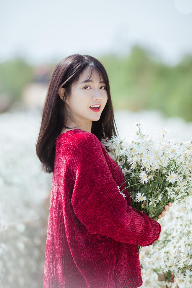 """Vai diễn gần nhất của cô là trong bộ phim điện ảnh khuynh đảo giới trẻ Việt mang tên """"Em chưa 18""""."""