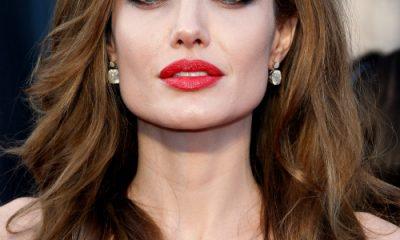 Nữ diễn viên Angelina Jolie từng được bầu chọn là người phụ nữ đẹp nhất thế giới. Ảnh: Huffington Post.