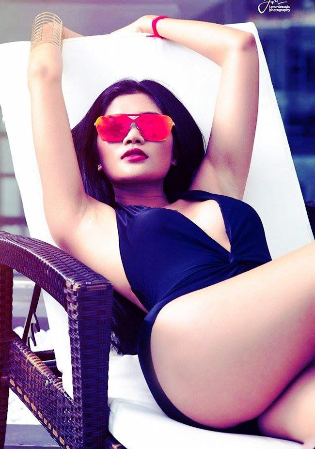 Hoa hậu Hoàn vũ Enna So khiến fan ngỡ ngàng mỗi khi mặc kiệm vải.