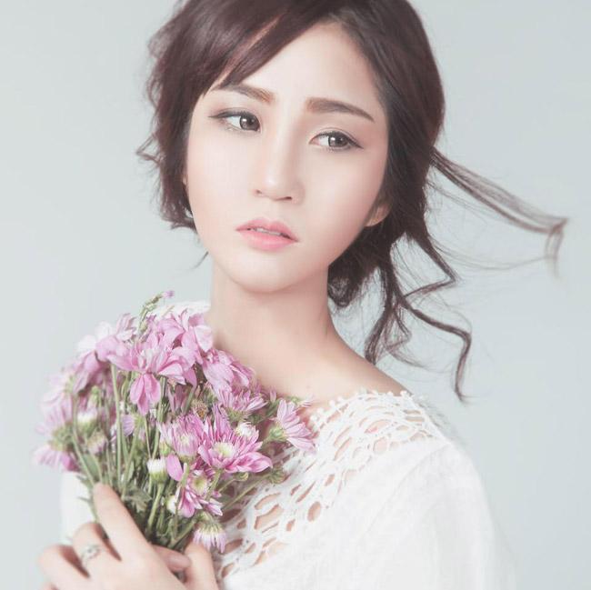 Cũng trong cuộc thi đó, Kiều Trang còn lọt top 5 người có làn da đẹp nhất Nam Bộ.