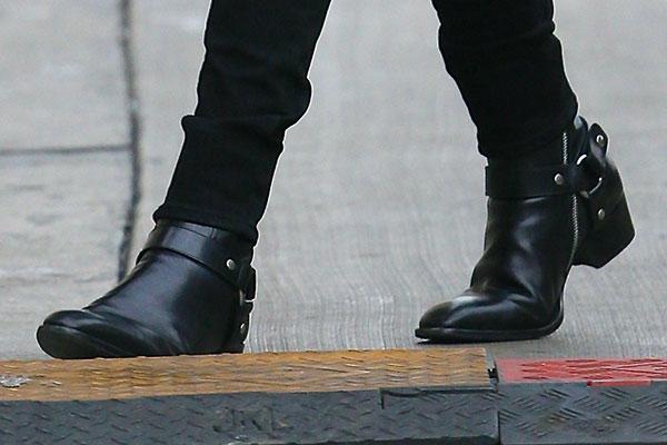 Harness boots ngày nay được nâng cấp mang một vẻ thẩm mỹ thanh lịch và thời thượng.