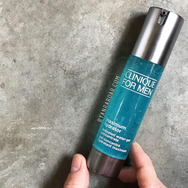 Sử dụng dưỡng ẩm dạng gel sẽ phù hợp cho da bạn trong mùa Hè hơn.