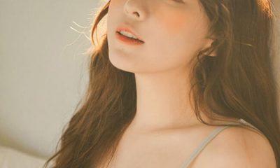 Cô nàng sở hữu lượng fan lớn, gần 1 triệu lượt theo dõi trên Instagram. Con số này ấn tượng hơn khá nhiều ca sĩ, diễn viên nổi tiếng xứ sở Kim Chi.
