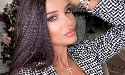 Ban gai hoang tu Saudi Arabia cham dien bikini, vay ao khoe vong mot hinh anh 1 a_rap_1.jpg
