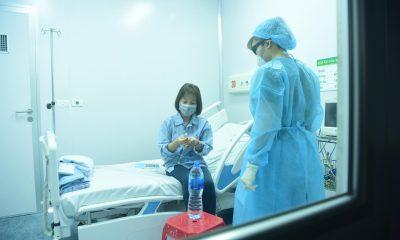 Tất cả người nhiễm virus corona đều được điều trị miễn phí - Ảnh 1.