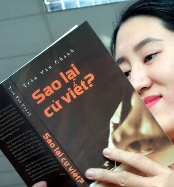 Tập sách của Trần Văn Chánh: Sao lại cứ viết? - Ảnh 1.