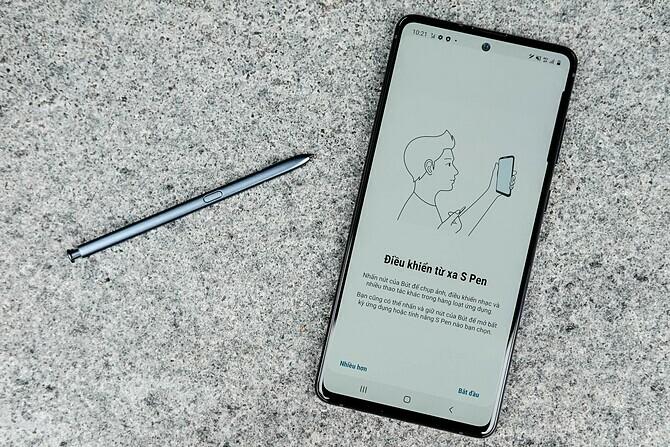 Smartphone màn hình lớn giảm giá tiền triệu