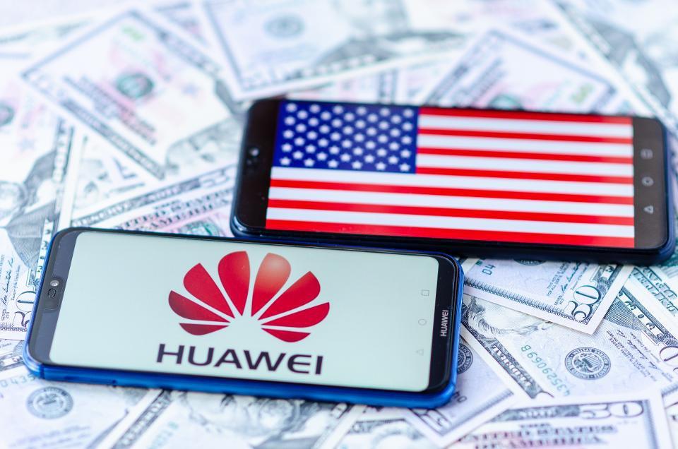Ro ri tai lieu Huawei giup Iran hinh anh 1 960x0.jpg