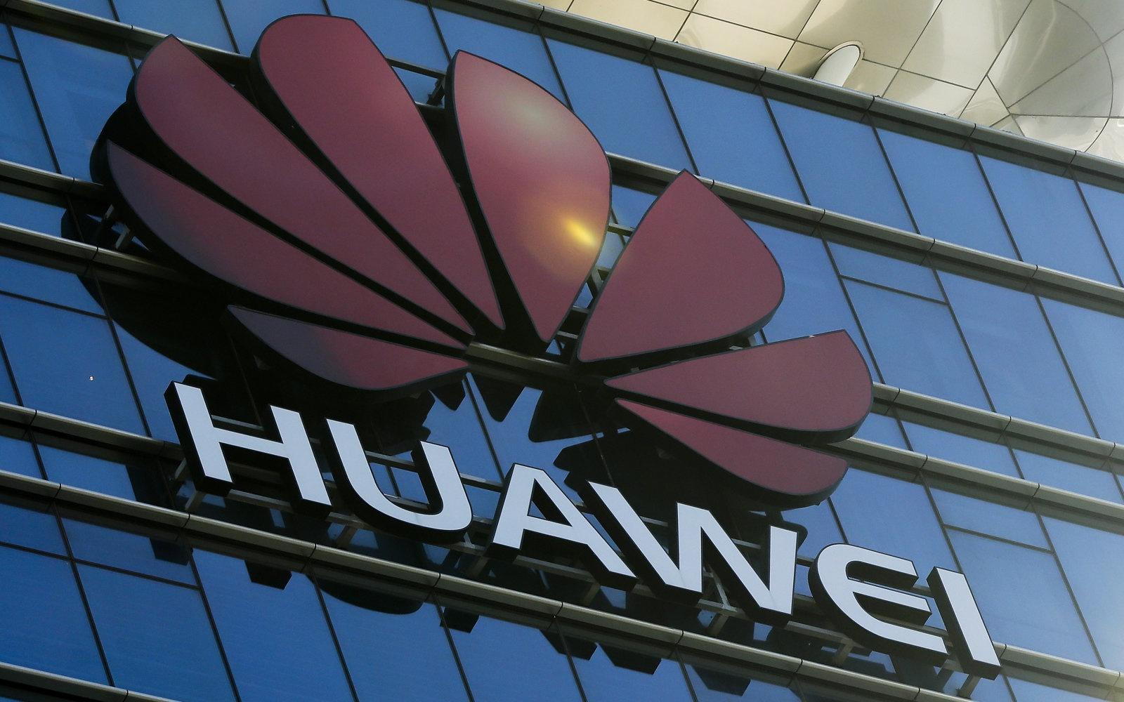 Ro ri tai lieu Huawei giup Iran hinh anh 2 dims.jpg
