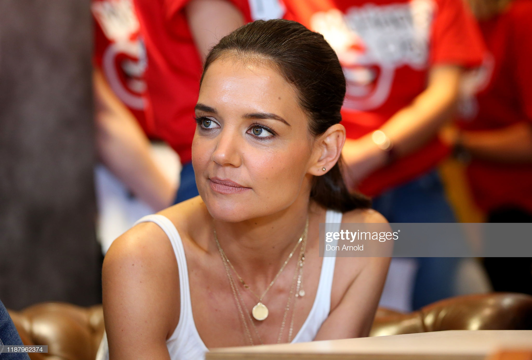 Katie Holmes khoe dang tuoi 42 hinh anh 12 gettyimages_1187962374_2048x2048.jpg