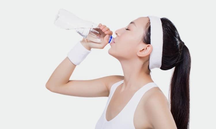 Uống nhiều nước lọc giúp ngăn ngừa bệnh tật