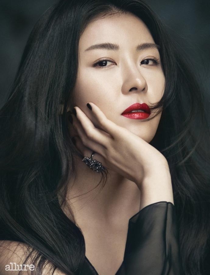 Ha Ji Won - da nu doc than quyen luc cua showbiz Han hinh anh 18 Ha_Ji_Won.jpg