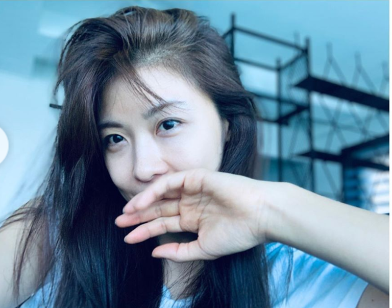 Ha Ji Won - da nu doc than quyen luc cua showbiz Han hinh anh 2 hajiwontretrung1_skwc.png