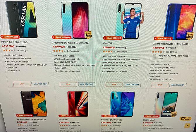 Hàng loạt smartphone treo biển giảm giá, dù có model vừa ra đầu 2020.
