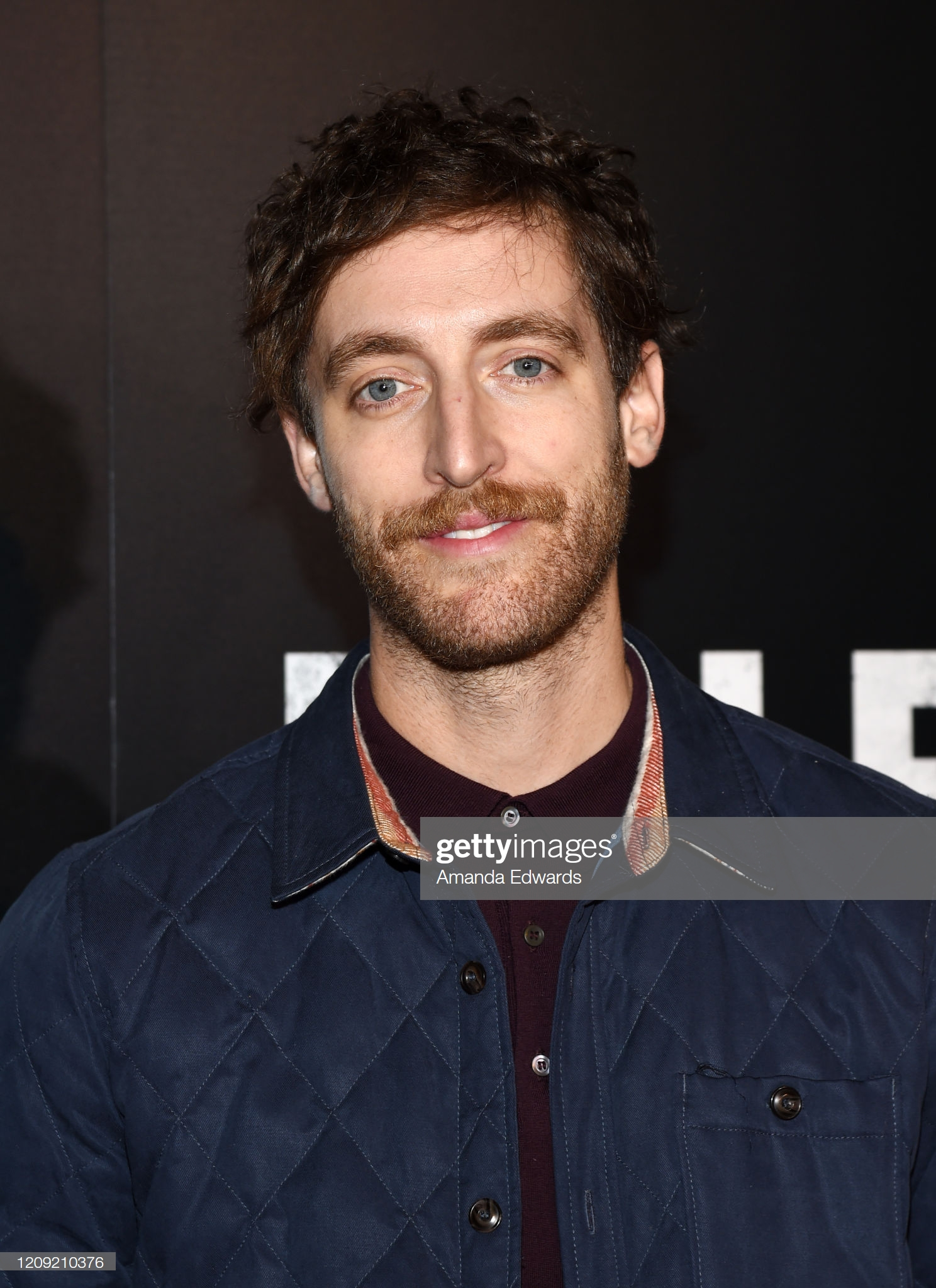 thomas middleditch 2-sao nam mac dep-elleman-0220