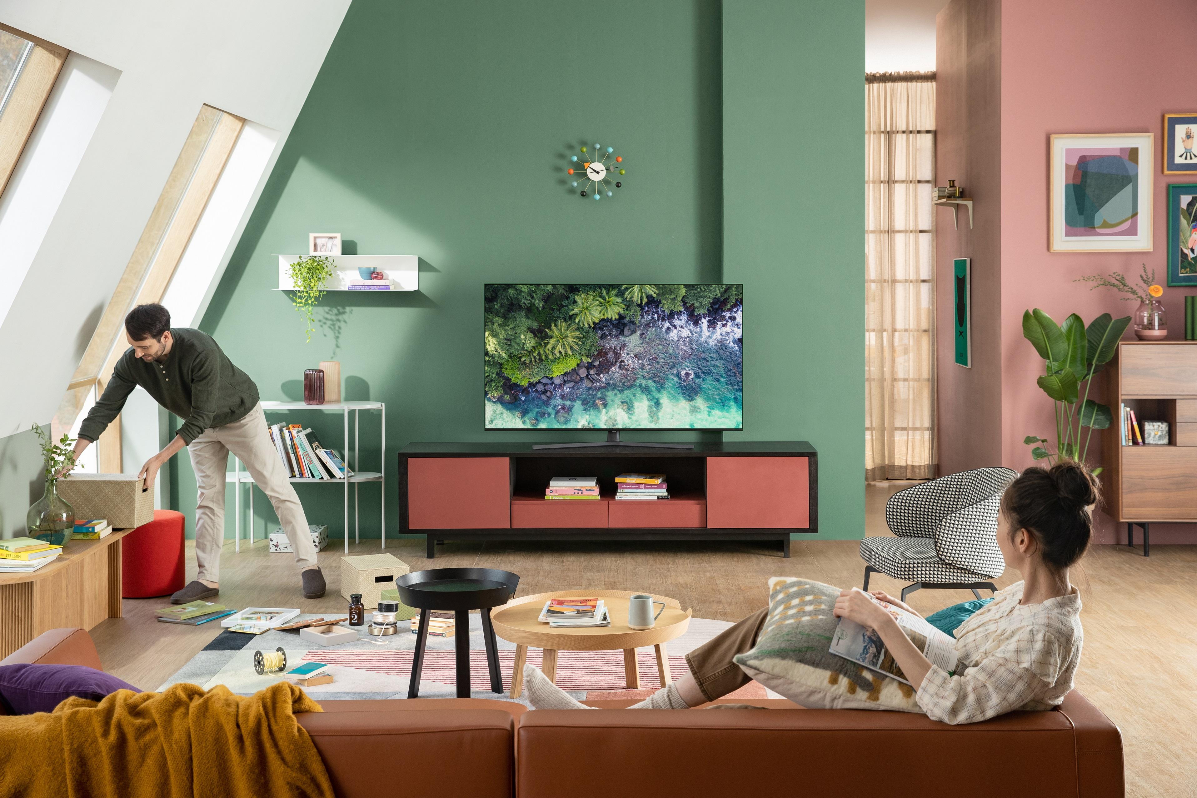 Samsung gioi thieu TV QLED 4K 2020 tai Viet Nam, gia tu 11,9 trieu hinh anh 2 TU8500_2_rz.jpg