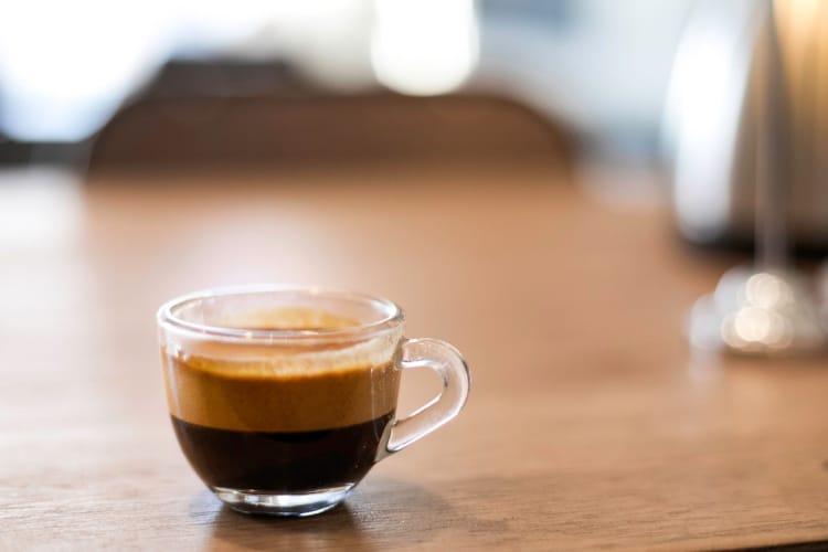 Espresso là cà phê chứa lượng caffeine cao nhất