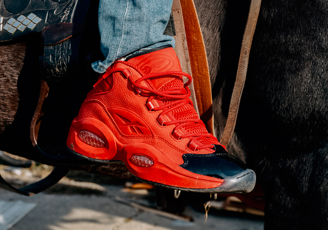 giay chunky sneaker reebok question mid - elle man