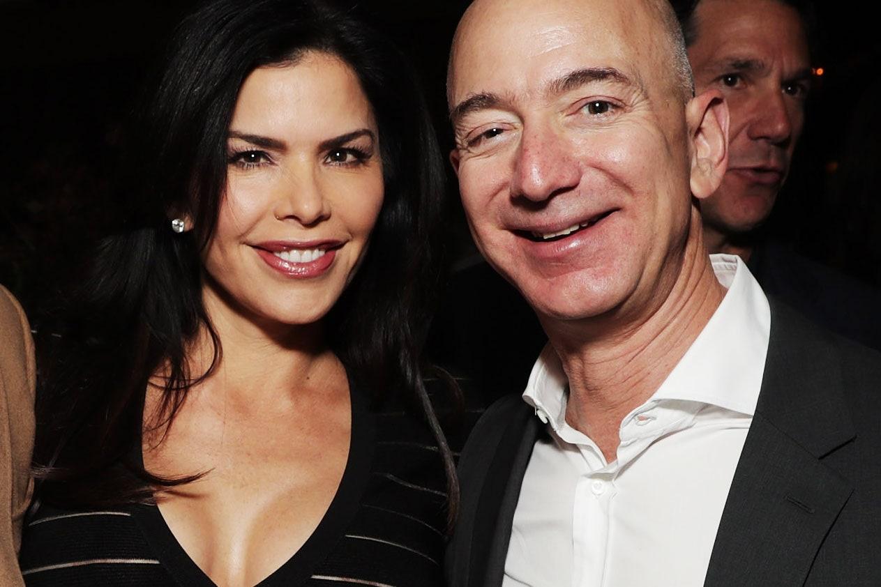 Vo va ban gai cua 10 ty phu giau nhat the gioi hinh anh 1 Lauren_Sanchez_Jeff_Bezos.jpg