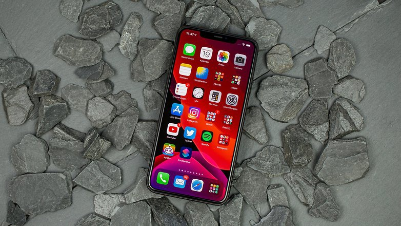 nextpit_iphone11promax_review_fixed_1_w782-1