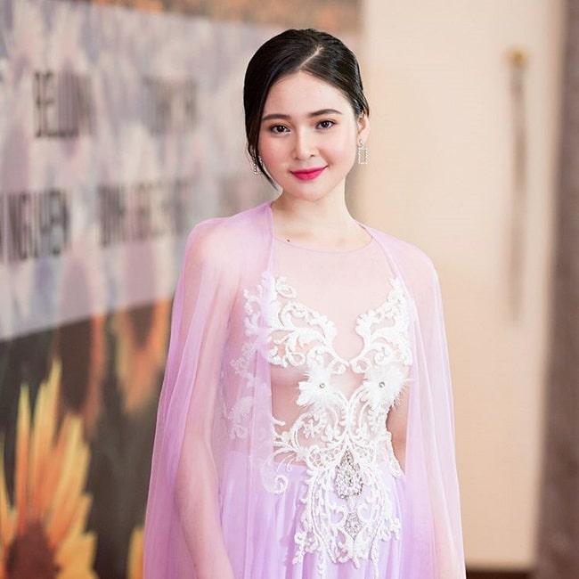 4 nữ sinh đẹp nhất Đà Nẵng: Có hai người giống hệt thần tiên Lưu Diệc Phi - 8