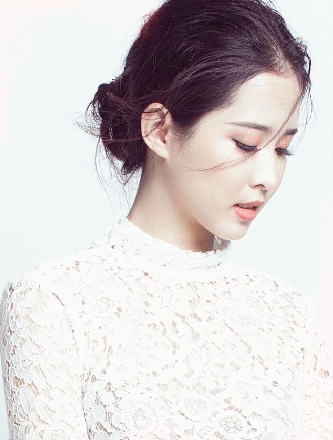4 nữ sinh đẹp nhất Đà Nẵng: Có hai người giống hệt thần tiên Lưu Diệc Phi - 9