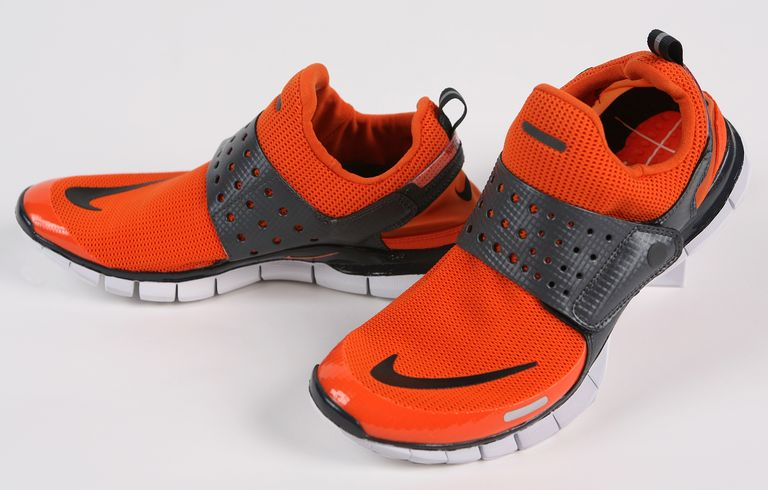 late2000s-giay-sneaker-elleman-0220-bostonglobe