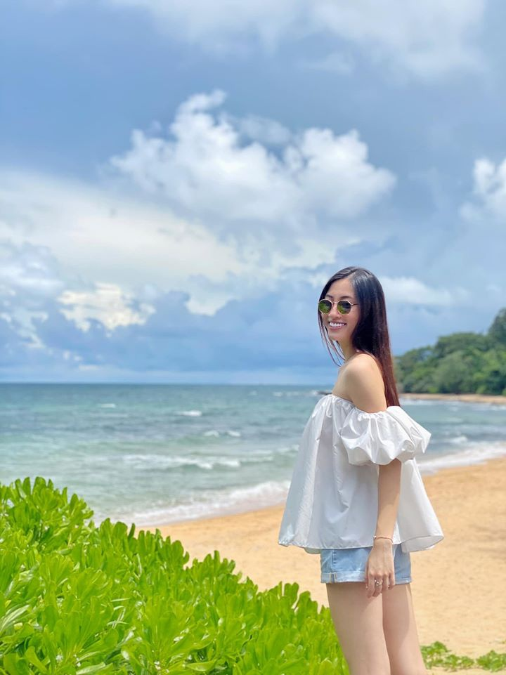 luong thuy linh khoe chan dai 1, 22 m anh 6