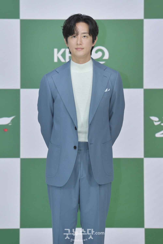 Yeon Woo hen ho Lee Min Ho anh 10