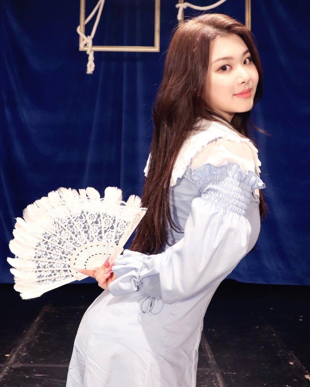 Nữ idol Hàn bị miệt thị ngoại hình,  Swan,  Purple Kiss ảnh 13