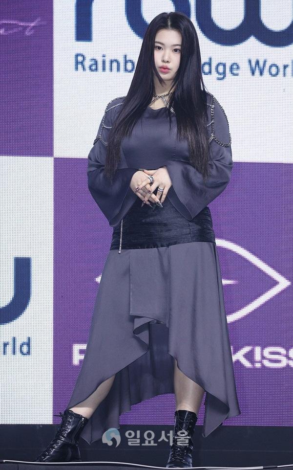 Nữ idol Hàn bị miệt thị ngoại hình,  Swan,  Purple Kiss ảnh 8