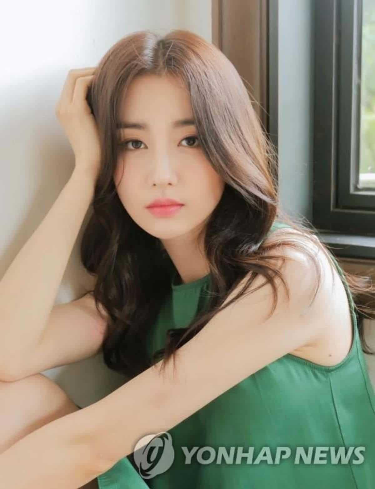 Park Ha Sun lap di chuc anh 4